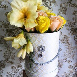 """Muilo gėlių puokštė """"Peach&Yellow"""""""