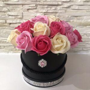 """Muilo gėlių puokštė """"Rožinė dama"""""""